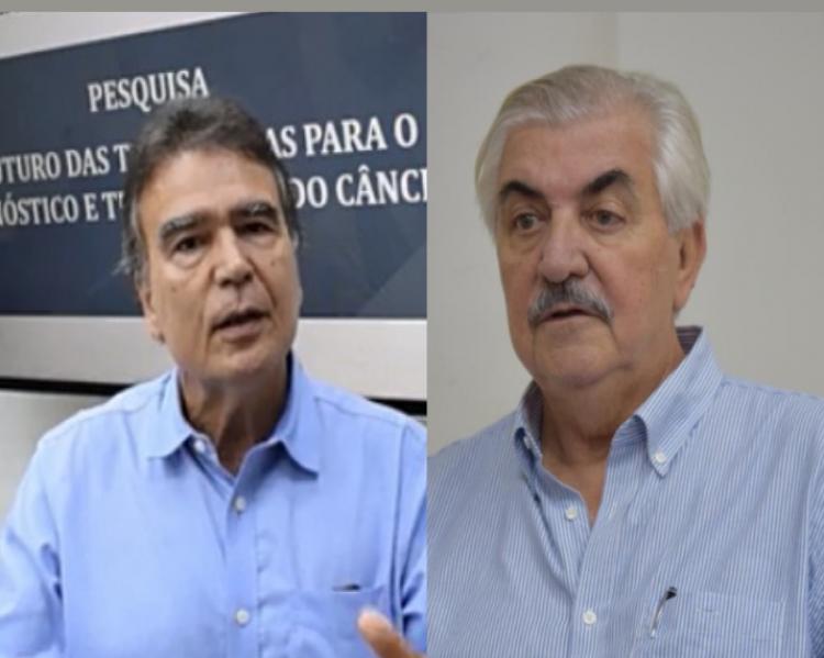 Duas fotos, lado a lado, uma de homem grisalho e bigode, com camisa clara, outro, de cabelos escuros e camisa azul; ambos falam