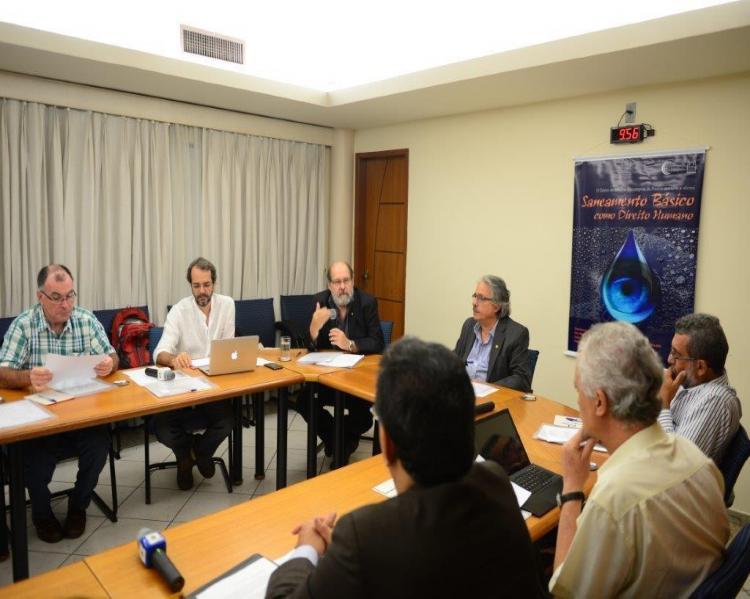 O Centro de Estudos Estratégicos (CEE) da Fiocruz realizou em 10/4/2015 a oficina de trabalho Saneamento como Direito Humano.