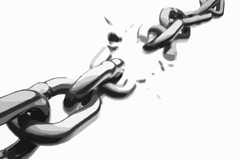 Ilustração de corrente em preto e branco, com um dos elos rompidos